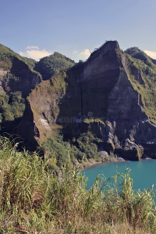 för philippines för kraterlakemontering vulkan pinatubo royaltyfria bilder