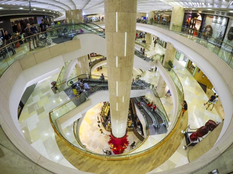 för poland för mittdetaljspegel vägg warsaw shopping arkivbild