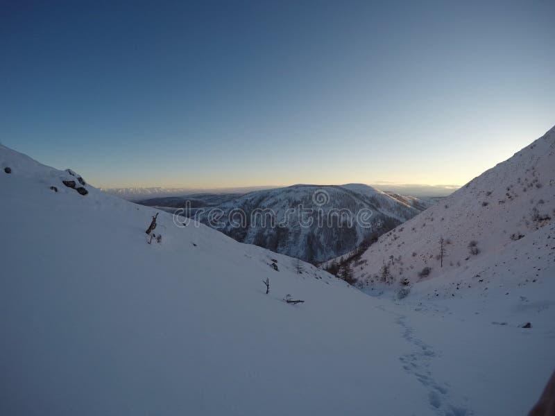 för poland för 1257 hög räkneverkbergberg sikt för soluppgång skrzyczne royaltyfri foto