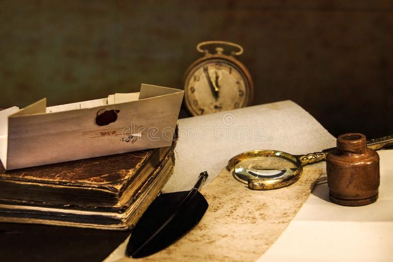 för prydnadpapper för bakgrund geometrisk gammal tappning Gammalmodiga objekt royaltyfri fotografi
