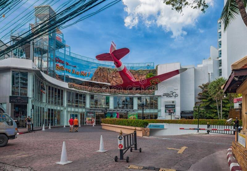 ` För Ripley ` s tror det eller inte! ` i Pattaya Museet i Thailand lokaliseras i den kungliga köpcentrumkungliga personen parker royaltyfri bild