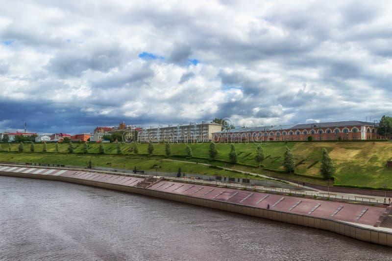 För Ryssland Sibirien för flod Tyumen för bästa sikt panorama strand arkivbilder
