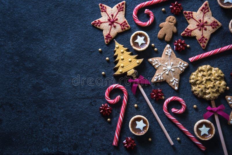 För sötsakmat för jul festlig bakgrund royaltyfri bild