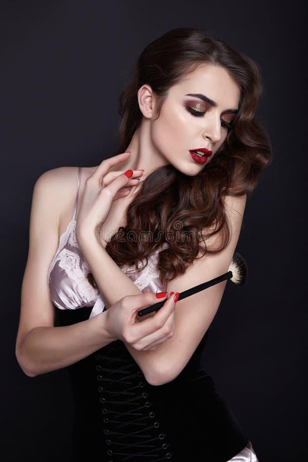 För skönhetmode för kvinna sexig makeup för stil arkivbild