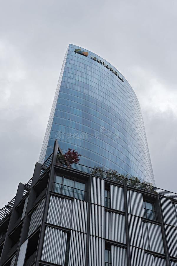 För skyskrapaiberdrola för 165 meter högt kontor tornet, bilbao, sp fotografering för bildbyråer