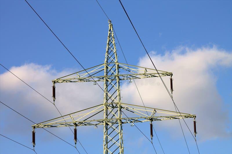 För spänningskraftledning för elektricitet högt kontaktdon arkivfoton