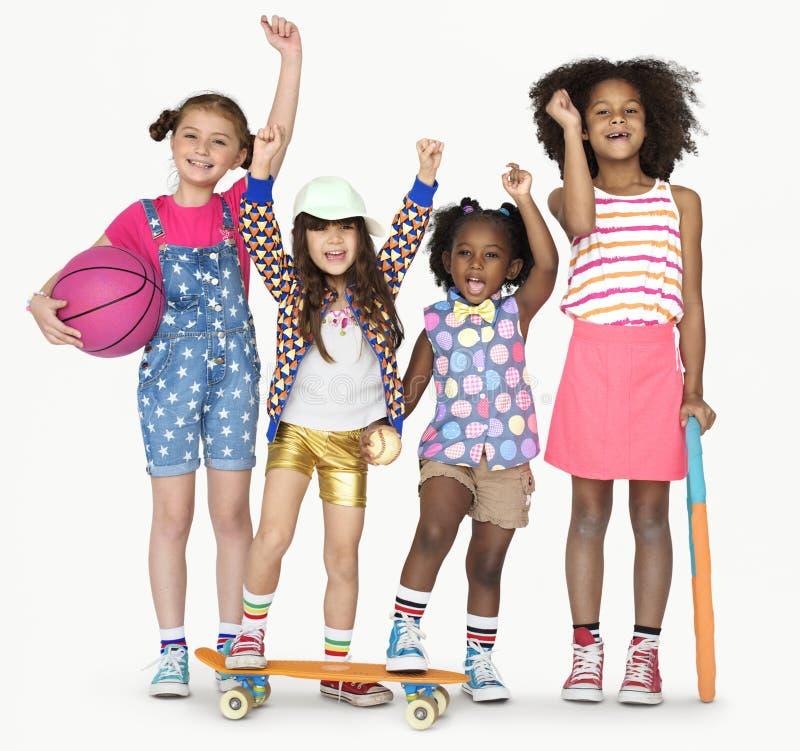 För sportbasket för små barn aktiv arkivfoton