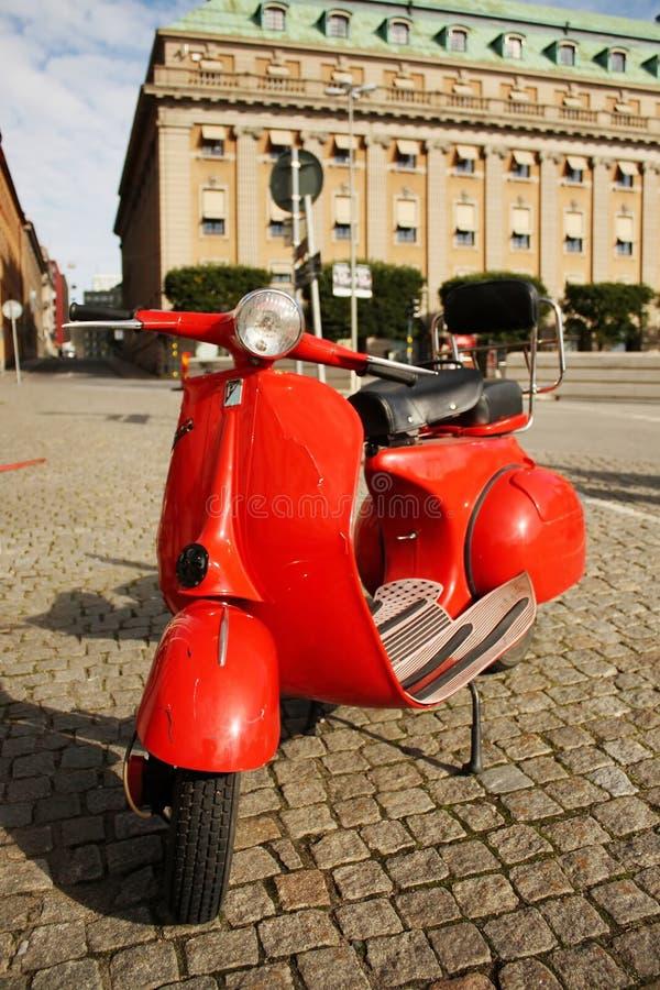 för stockholm för motocycle gammal släp gata royaltyfria foton