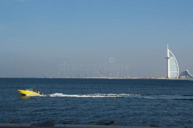 för strandburj för al arabisk för dubai jumeirah hotell För strandsemesterort för modern arkitektur lyxig semester för sommar, Du arkivfoton