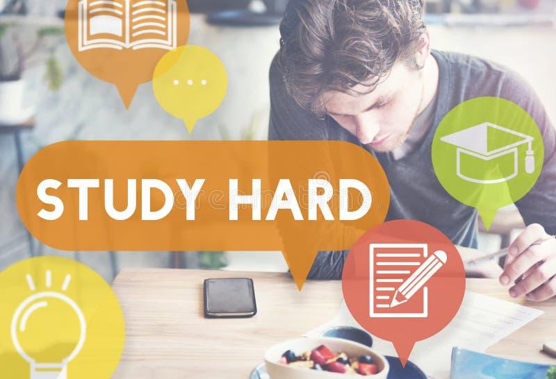 För studie stressat svårt kunskapsbegrepp hårt royaltyfri bild