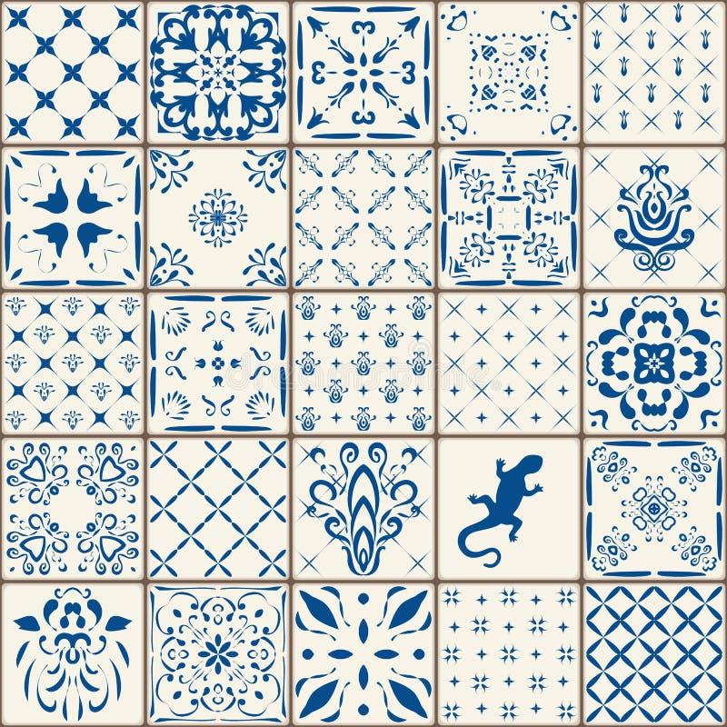 För tegelplattagolv för indigoblå blått samling för prydnad Ursnygg sömlös patchworkmodell från färgrika traditionella målade Tin royaltyfri foto