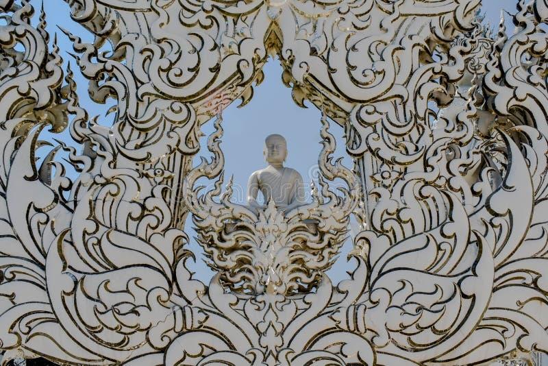 för thailand för tempel för uppgift för rong för rai för khun för härlig chiang för konstdragningar kulturell fin white wat arkivfoto