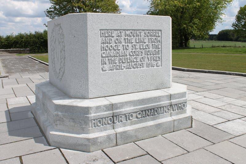 För världskrig för kanadensare första minnesmärke på kulle 62 vid fristadträ, nära Ypres i Belgien arkivbilder