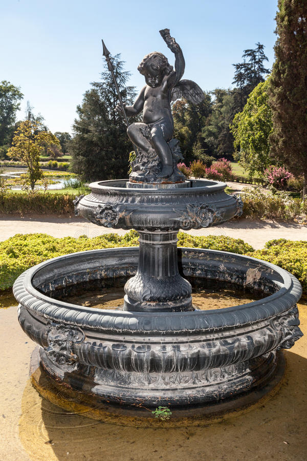 För vinodlinghus för springbrunn gör den historiska Santiago Chile fotografering för bildbyråer