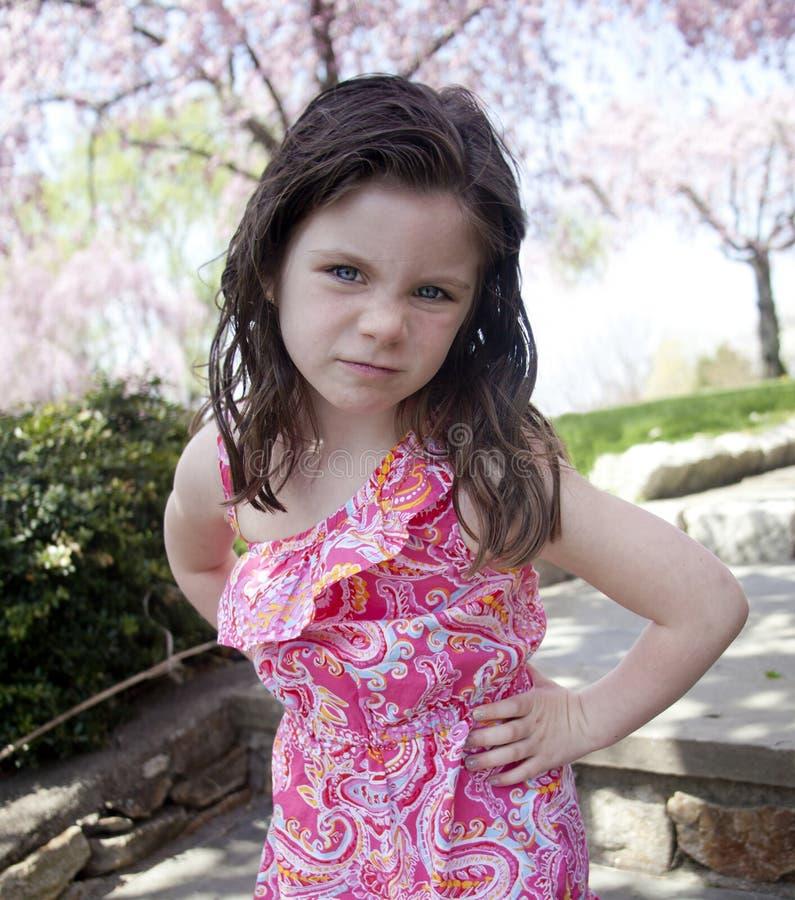 Förargad liten flicka royaltyfri bild