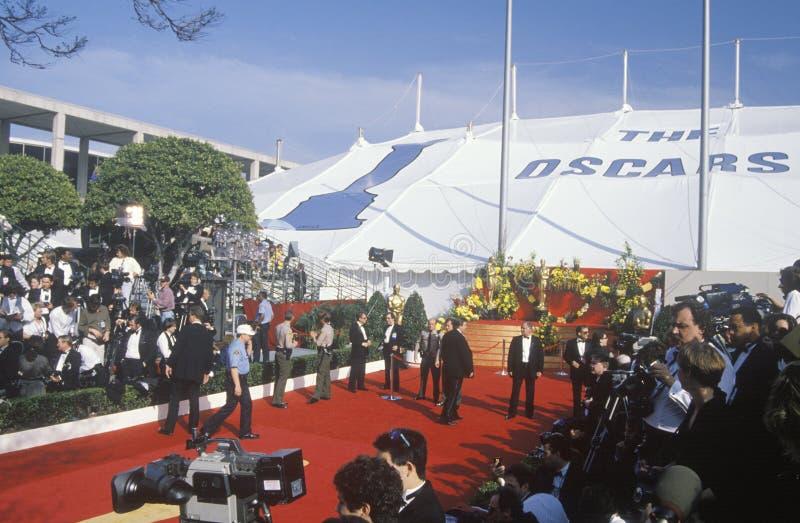 Förberedelser för röd matta för 62nd årliga Oscar, Los Angeles, Kalifornien arkivbilder