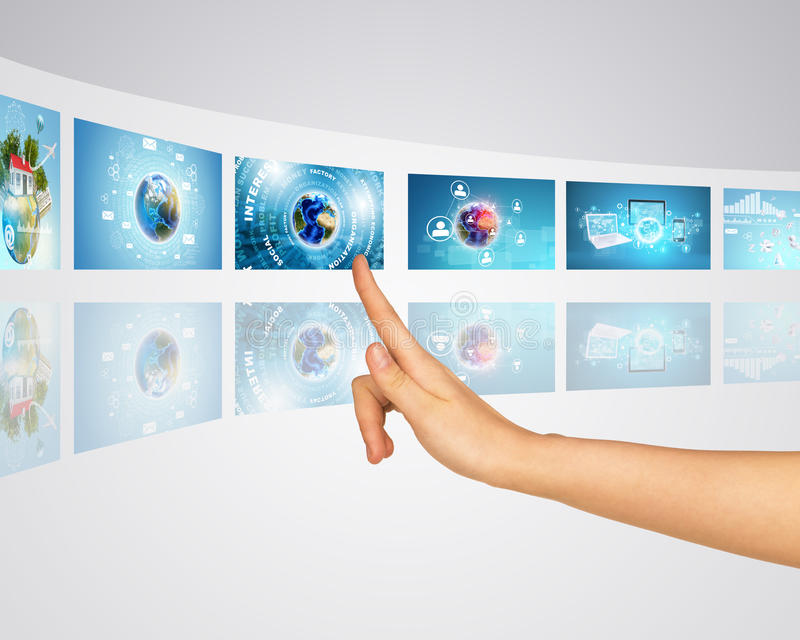 Förbind olika nätverksapparater Fingerpressar royaltyfria foton