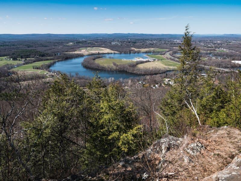 Förbise sikten av Connecticutet River Oxbow, Easthampton, Massachusetts royaltyfri foto