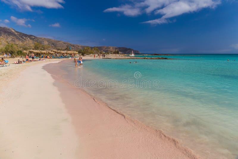 Förbluffa den Elafonisi stranden, Chania prefektur, söder av Kretaön, Grekland royaltyfri bild
