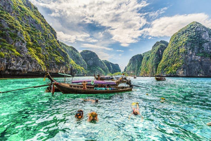Förbluffa Maya Bay på Phi Phi Islands, Thailand royaltyfri foto