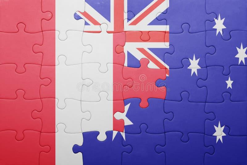 Förbrylla med nationsflaggan av Peru och Australien arkivbilder