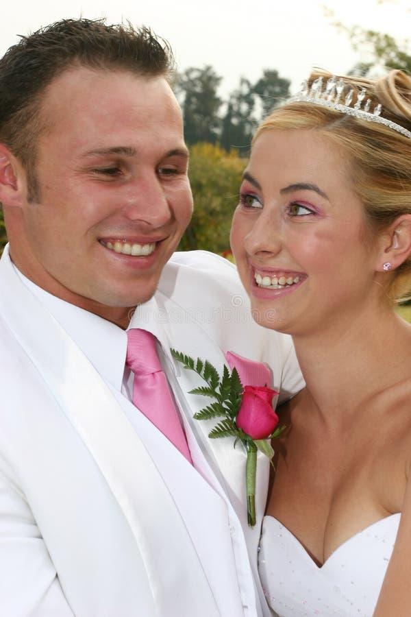 förbunden bröllop arkivfoton