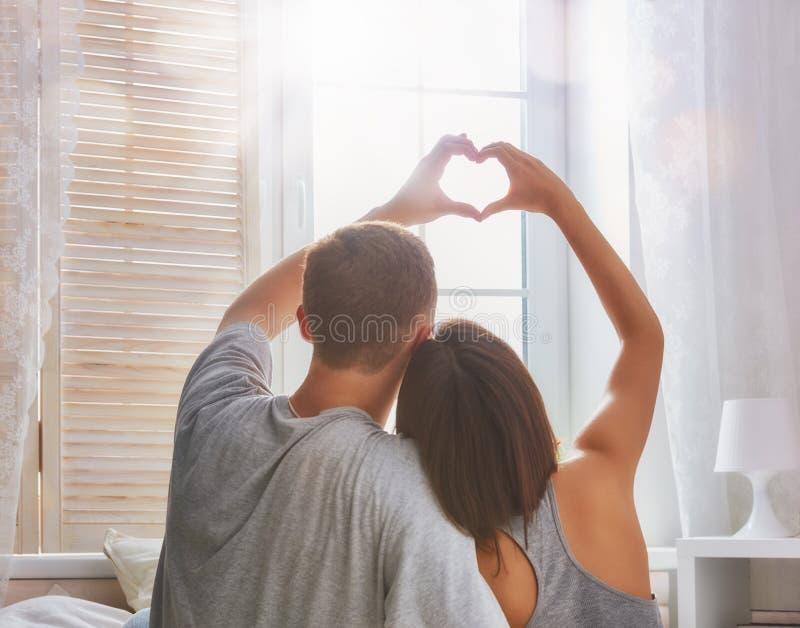 förbunden förälskelse arkivfoton