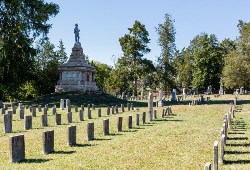 Förbundsmedlemkyrkogård i Fredericksburg VA royaltyfri foto