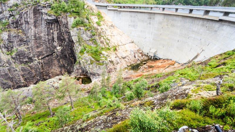 Fördämning Sarvfossen i Norge arkivbild