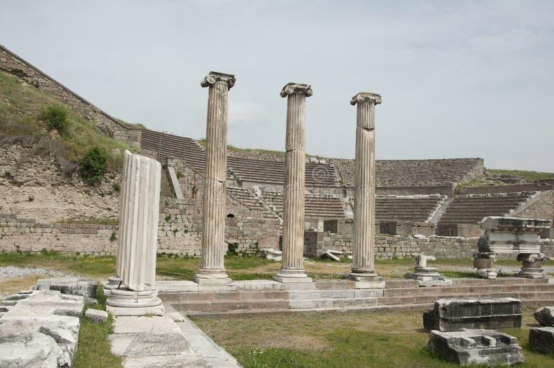 Fördärvar av Asklepion av Pergamum (Pergamon), Bergama, Turkiet arkivfoto