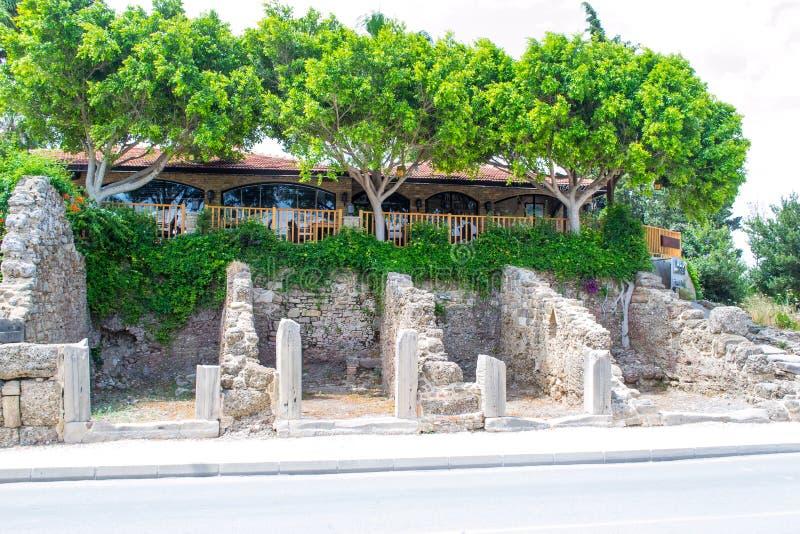 Fördärvar av byggnader av den forntida staden kalkon Sidostad royaltyfria bilder