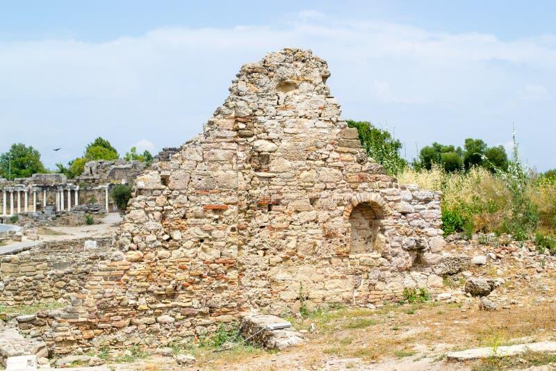 Fördärvar av byggnader av den forntida staden kalkon Sidostad royaltyfri bild