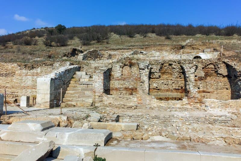 Fördärvar av den forntida staden Heraclea Sintica - som byggs av Philip II av Macedon, Bulgarien royaltyfria bilder