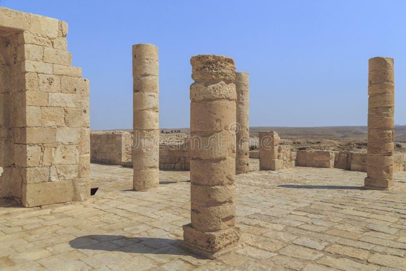 Fördärvar av den Nabatean templet i forntida Avdat, Israel royaltyfri foto