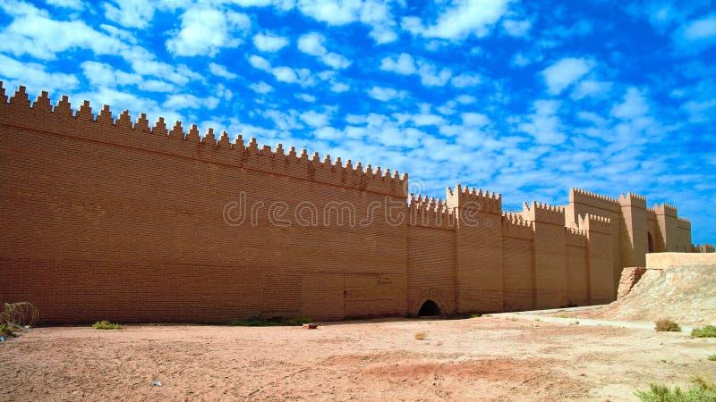 Fördärvar av den processions- gatan av forntida Babylon i Hillah, Irak royaltyfri foto