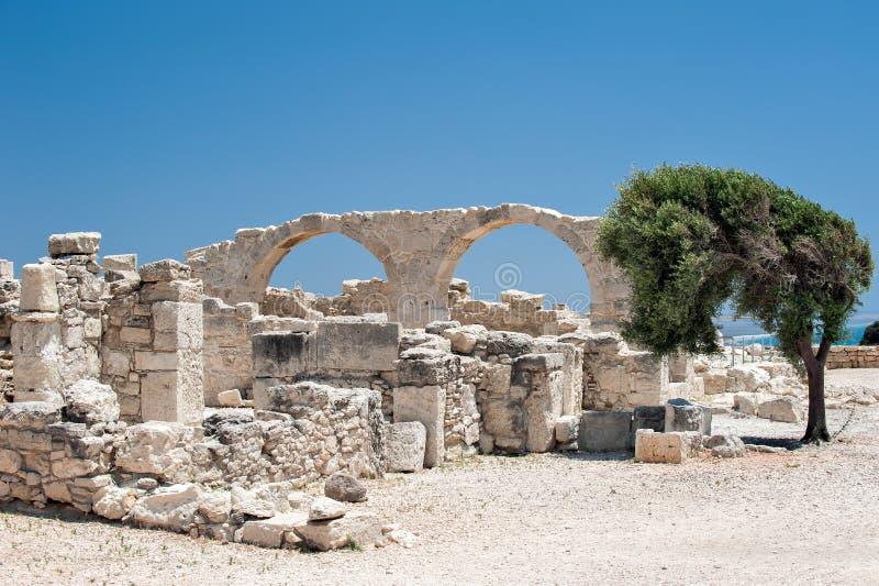 Fördärvar av en kristen basilica för tidig sort på Cypern royaltyfria bilder