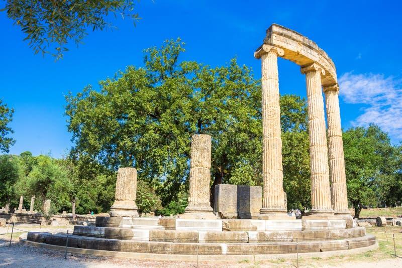 Fördärvar av forntida Olympia, Grekland Här äger rum handlaget av den olympic flamman arkivfoton