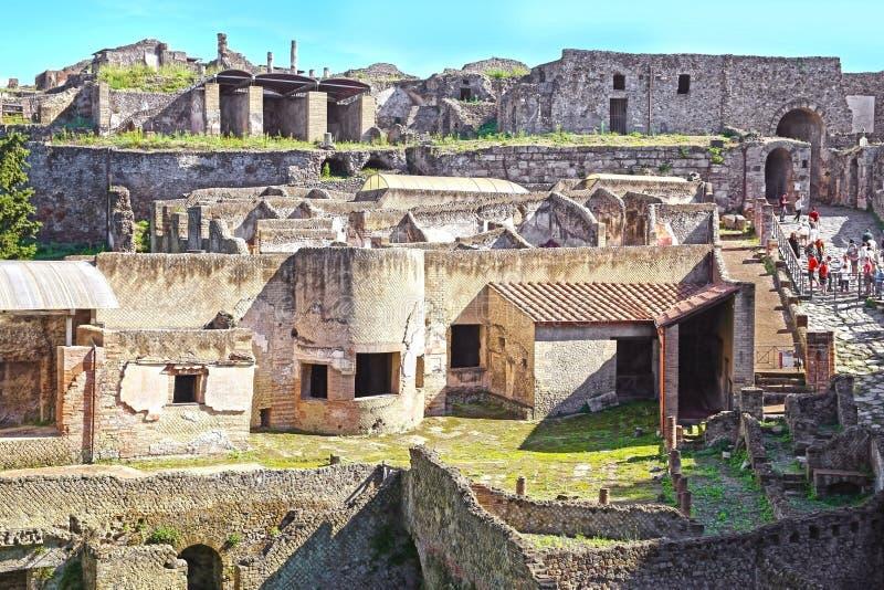 Fördärvar av forntida Pompeii royaltyfri foto