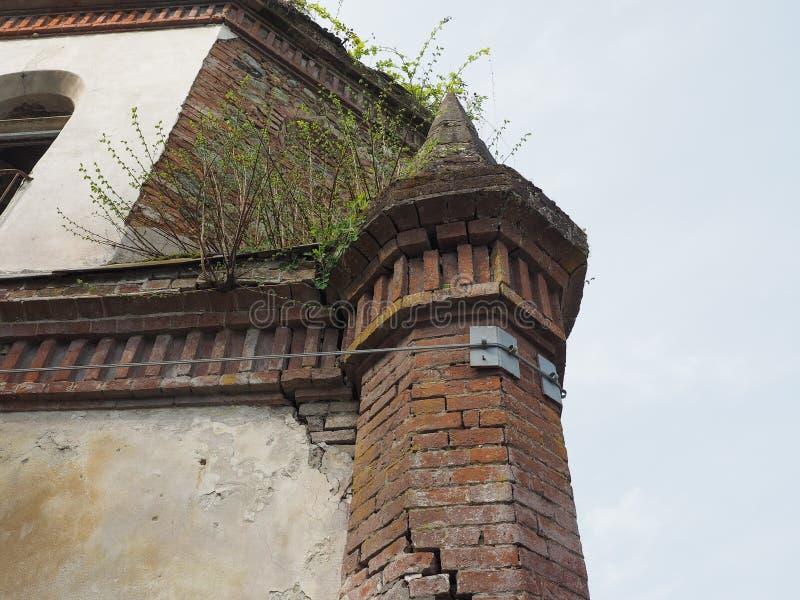 Fördärvar av gotiskt kapell i Chivasso, Italien arkivfoton