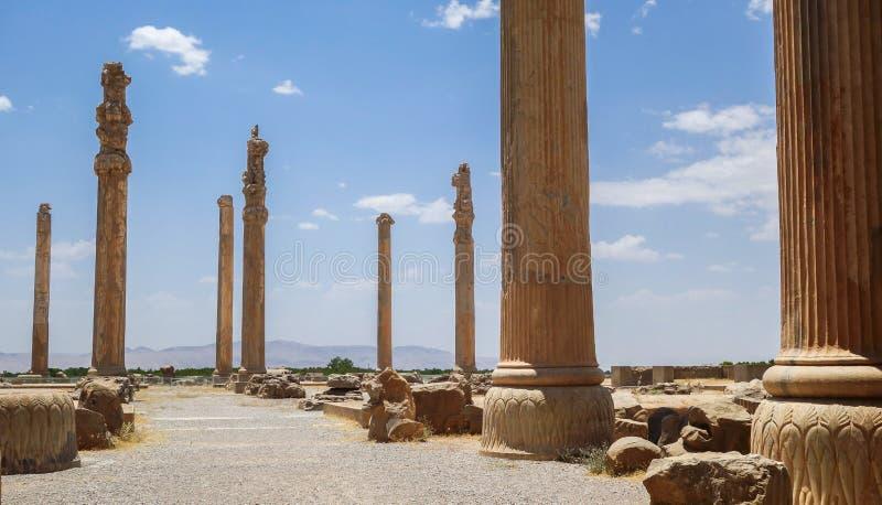 Fördärvar av Persepolis i Iran royaltyfria foton