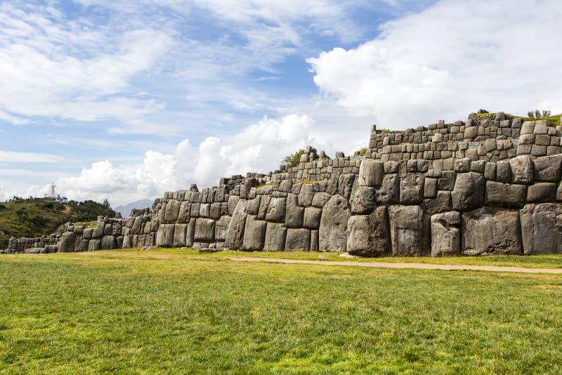 Fördärvar av Saksaywaman, Cusco, Peru arkivbilder