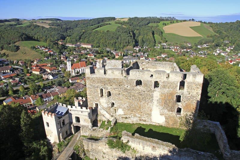Fördärvar av slotten Kirchschlag royaltyfria foton