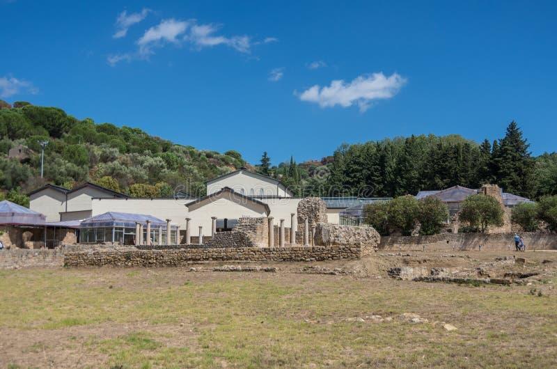 Fördärvar av villan Romana del Casale, Sicilien fotografering för bildbyråer