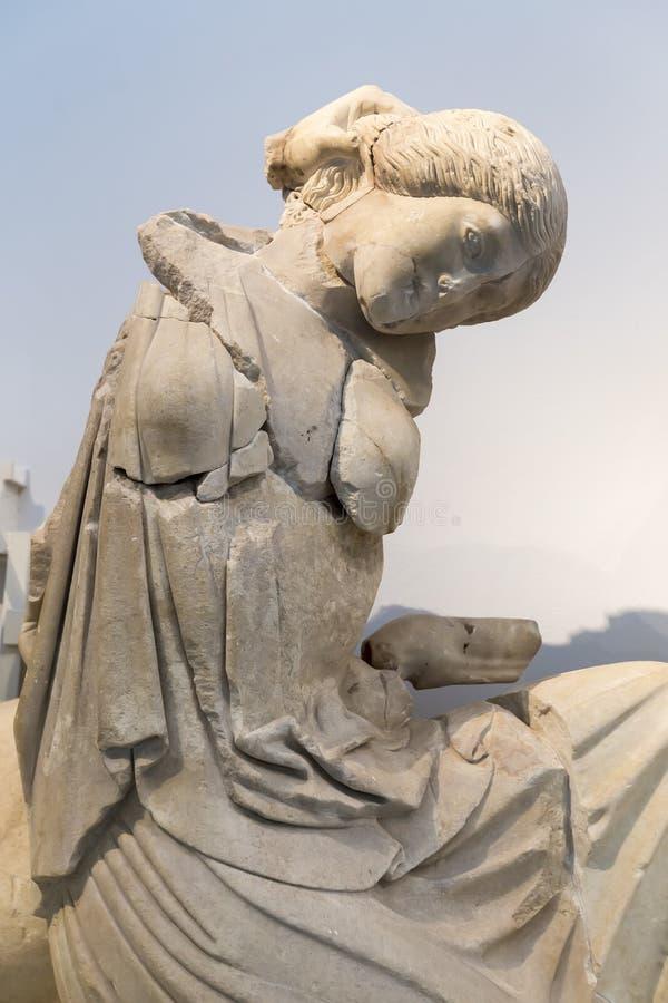 fördärvar den forntida för det lekgreece för konstruktion crepidomaen detailed peloponnese för olympia arvet olympic philippeione arkivbilder