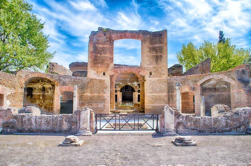 Fördärvar på villan Adriana (Hadrians villa), Tivoli, Italien royaltyfri bild