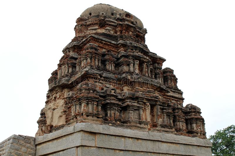 Fördärvar runt om den kungliga bilagan, Lotus Mahal, elefantstall I fotografering för bildbyråer