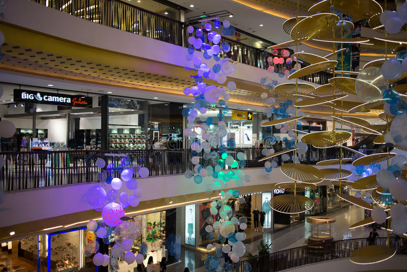 Förderungs-Verkaufs-Zone im zentralen Festival Chiang Mai lizenzfreie stockbilder
