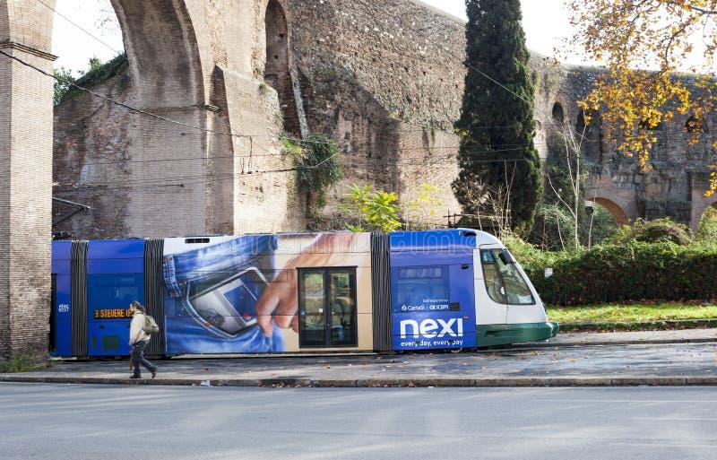 Förderwagen in Rom stockfotografie