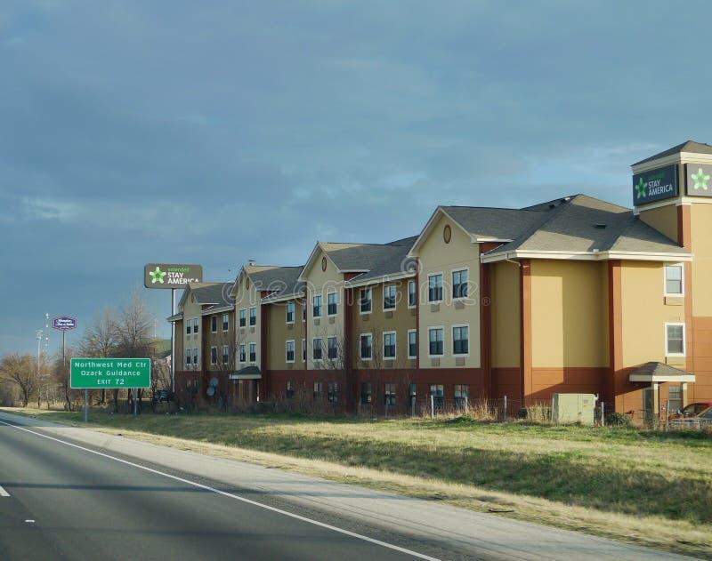 Fördjupat staghotell i Fayetteville, Arkansas, nordvästliga Arkansas arkivfoto