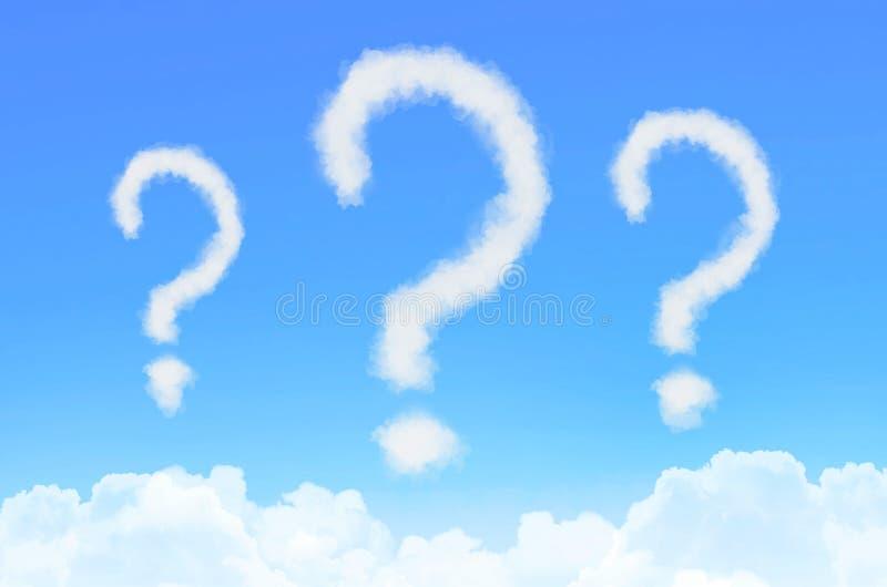 Fördunklar fluffigt som frågefläck på bakgrund för blå himmel royaltyfri illustrationer